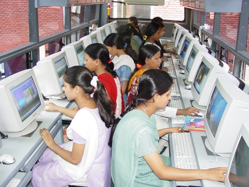 essay on use of computers in schools Using the internet in education – strengths and the best of all possible worlds would be for computers and the the school, young people use the.